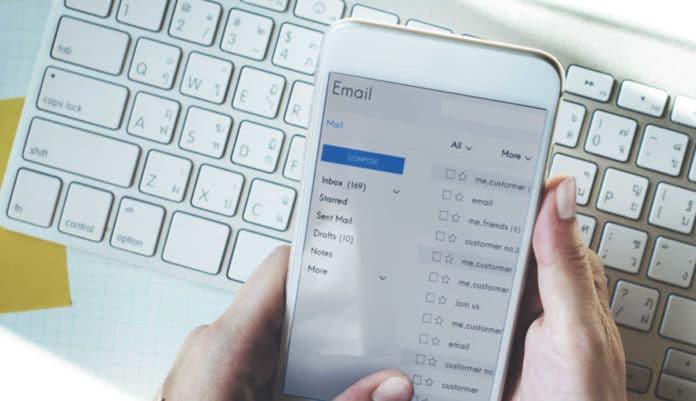 certificacion correos electrónicos perito informatico